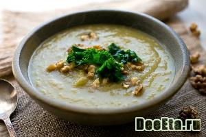 Картофельный суп из репы с грецкими орехами
